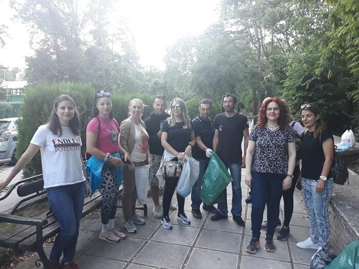 Μαθητές και εκπαιδευτικοί του ΣΔΕ Σερρών καθάρισαν την Κοιλάδα των Αγίων Αναργύρων